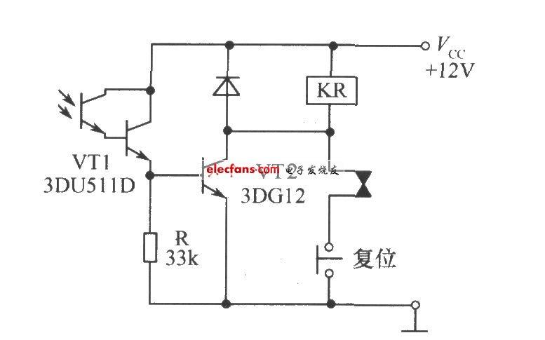 光敏三极管组成的带自锁功能的光控继电器开关电路图