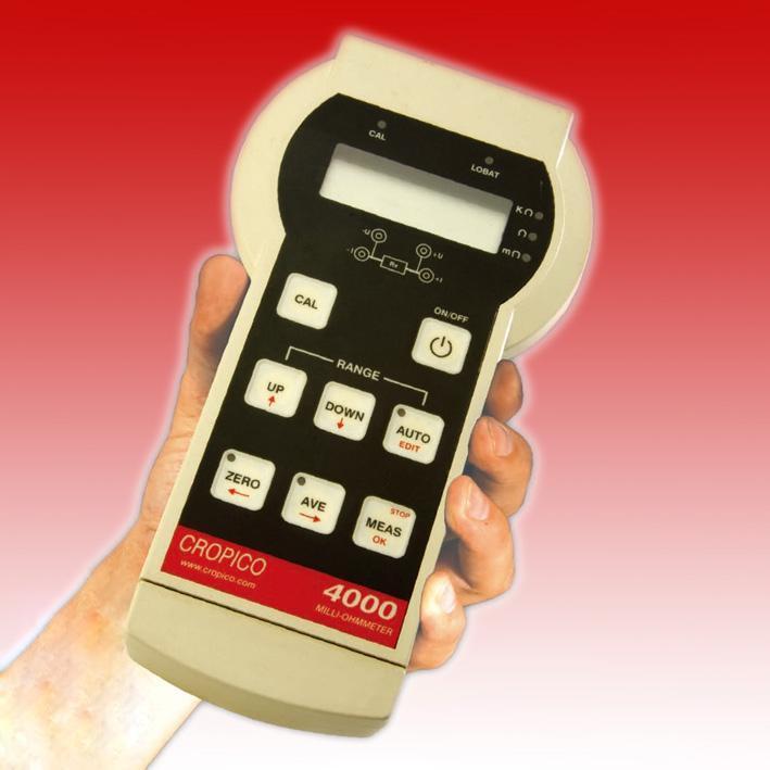 DO4000系列是一款精確的手持式數字毫歐表/微歐表 四線法測量低電阻,避免了導線產生的測量誤差 測量量程從10到4000的電阻 手動和自動量程選擇 正反向測量,平均值自動計算 自動校零功能